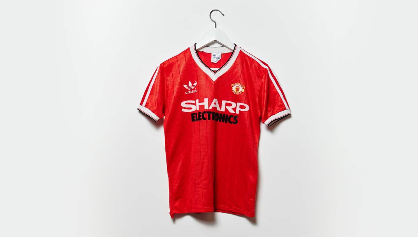 เสื้อแมนฯ ยูฯ ปี 1982-1983
